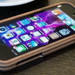 02 150x150 Slide 2.0 iPhone 5 Case Made From British Hardwood